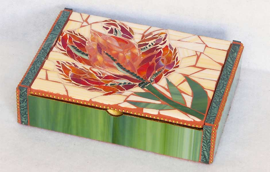 red flower mosaic cigar box image